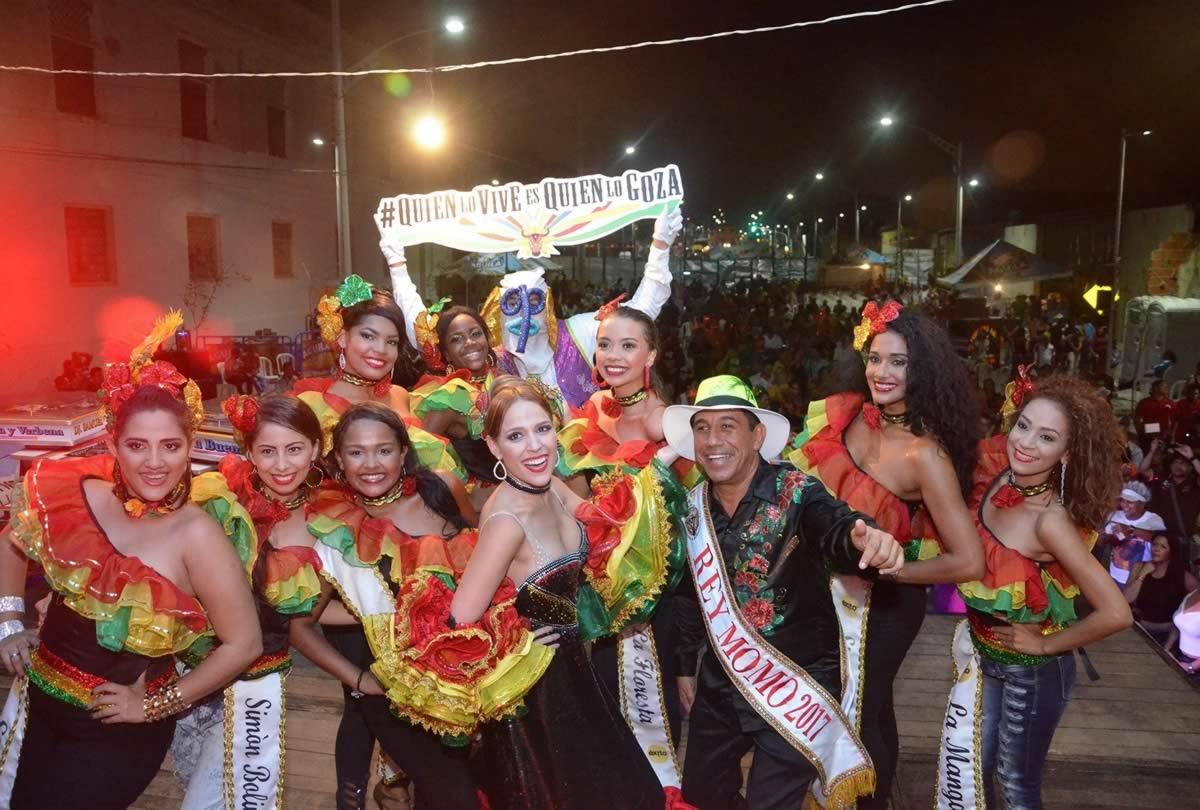 Bailadores de Barranquilla se tomaron la pista de las Verbenas con los Reyes del Carnaval
