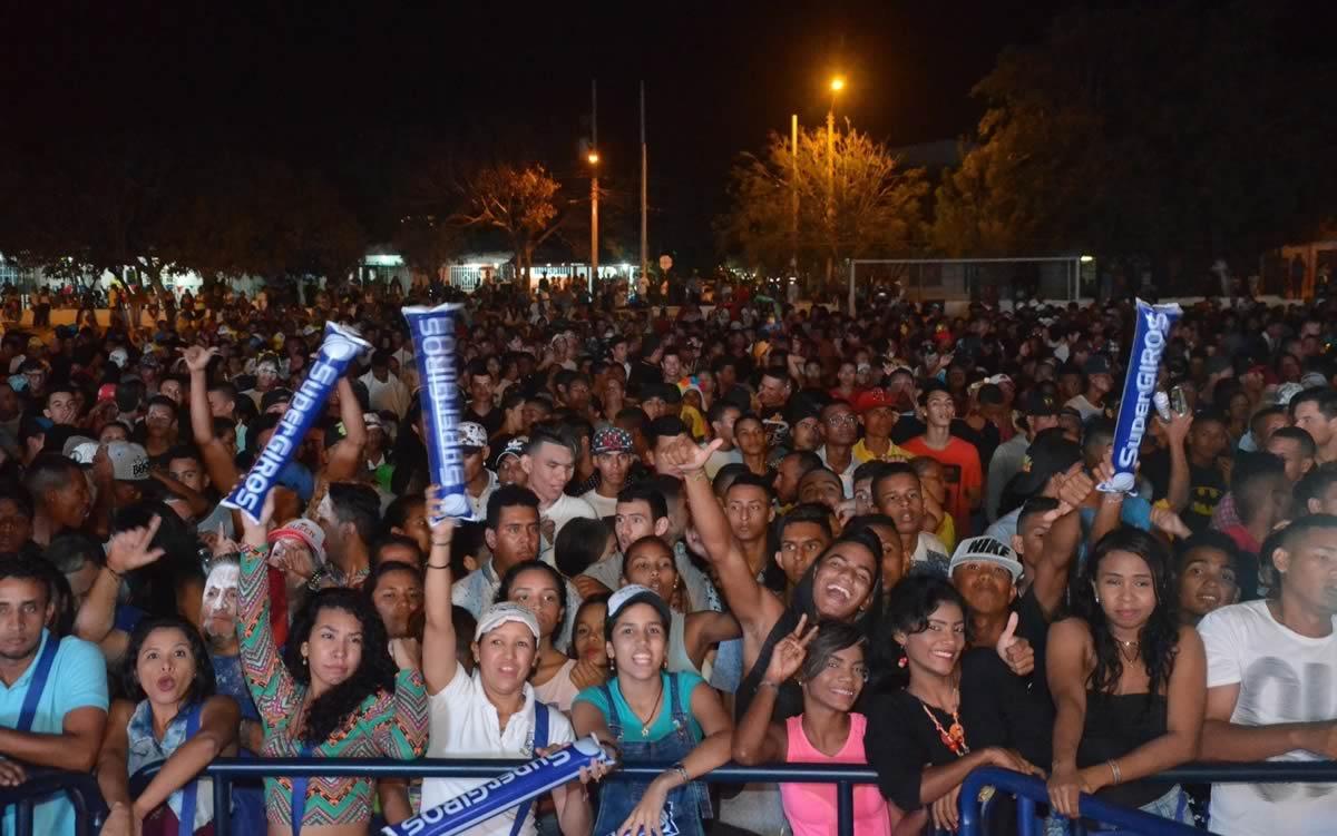 El talento de nuevas agrupaciones brilló en Viernes de Reina y Noche de Orquestas