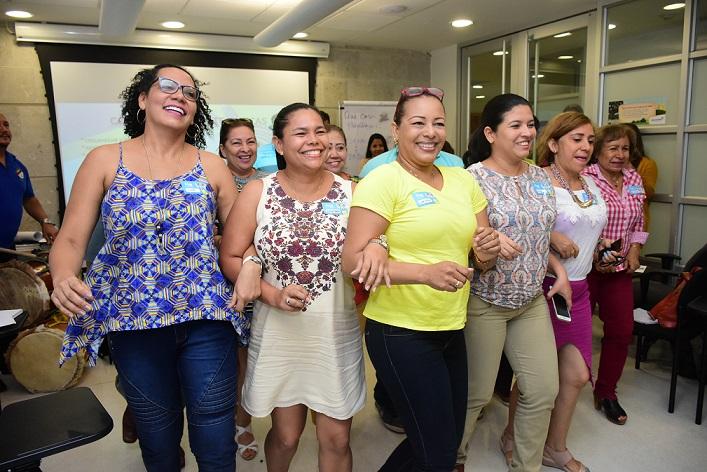 Los docentes vivieron de cerca 'El Viaje del Carnaval' en su segundo vuelo.