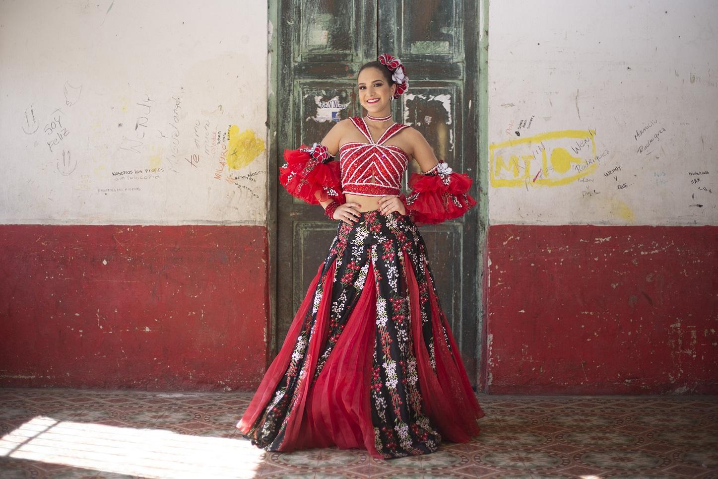 La Reina Valeria inicia el 2018 con izadas de Cumbiambas, Congos y Comparsas del Carnaval