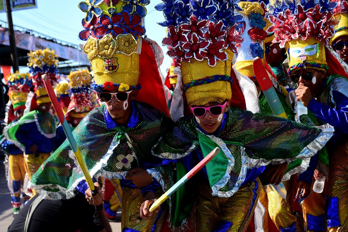Danza, letanías y comedias en la agenda carnavalera