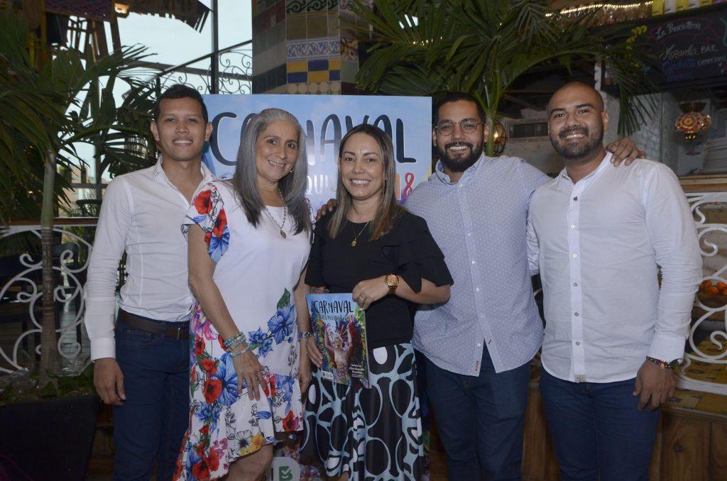 Erwin Daniel Sarmiento, Lisbeth Díaz Flórez, Ana María Osorio, Antonio De Alba y Rubén Guzmán Vides.