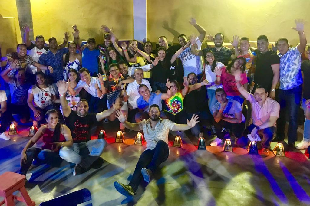 'La Gozadera' una noche de velitas con ambiente carnavalero
