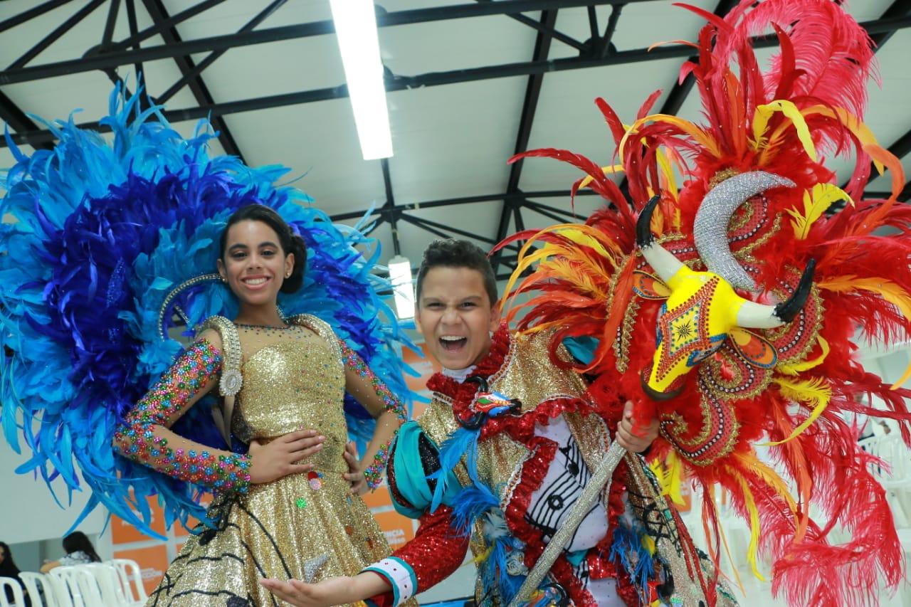 En su coronación, Isabella y Cesar lucirán diseños inspirados en la música y la danza