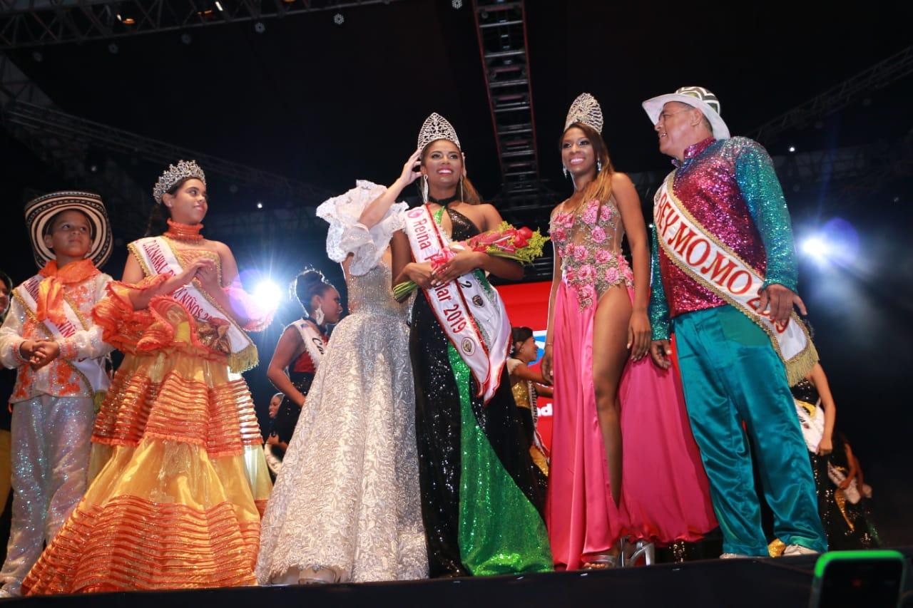 Geraldine Quiroz del barrio San Luis, elegida como la nueva Reina Popular del Carnaval 2019
