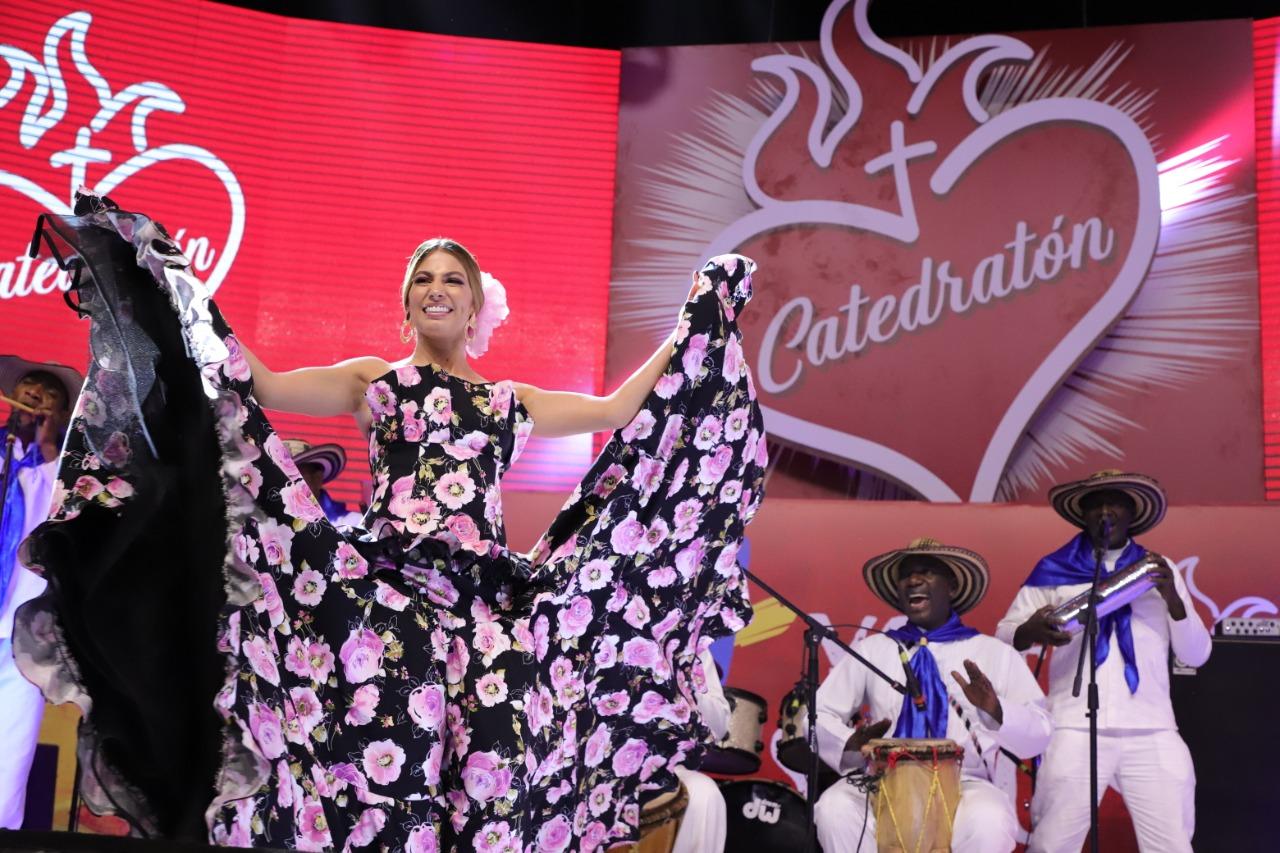 ¡Carnaval de Barranquilla se sumó a la Catedratón 2019 con la Reina Isabella Chams!