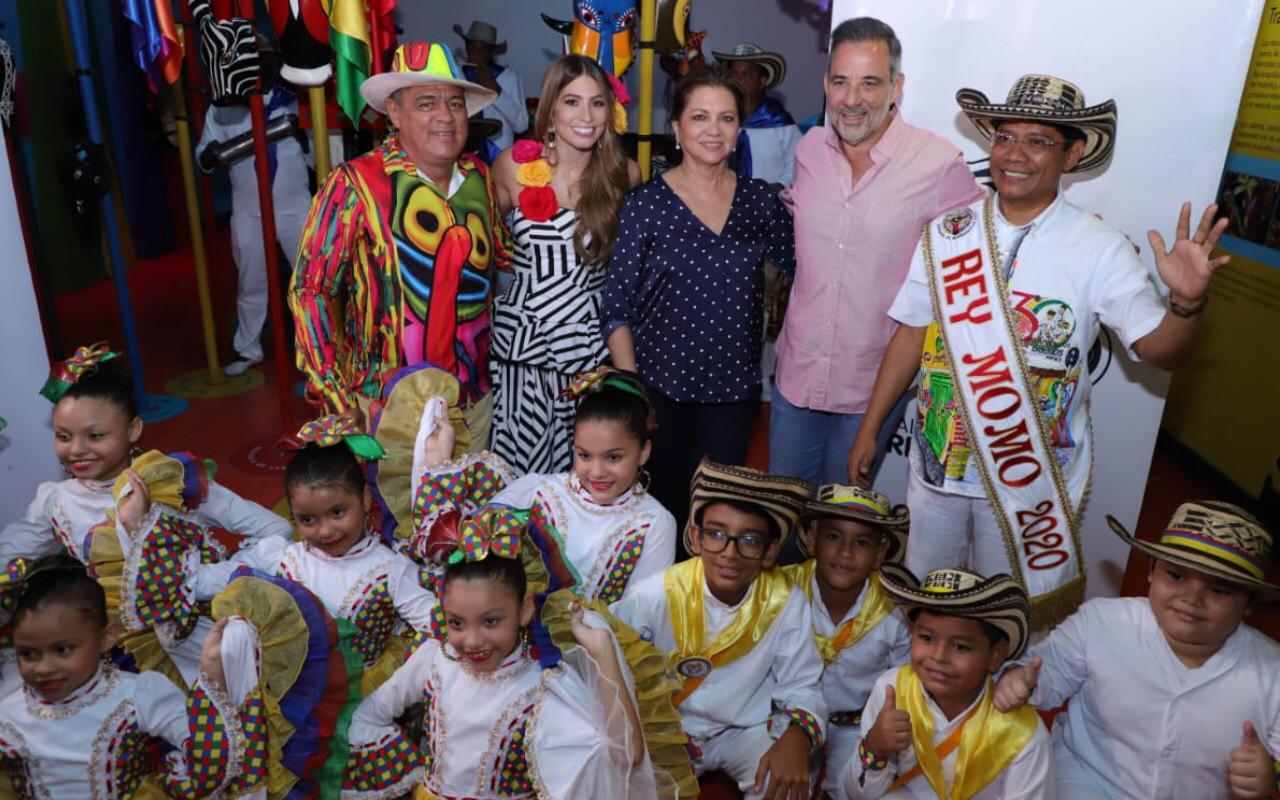 Con agenda carnavalera, Rey Momo Alcides Romero se tomó los medios de comunicación