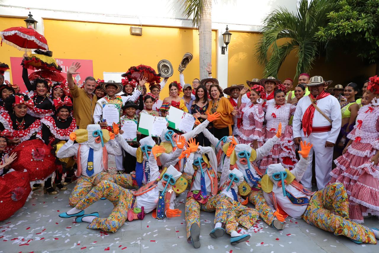 En Casa del Carnaval, epicentro de la cultura, Reyes del Carnaval recibieron decretos
