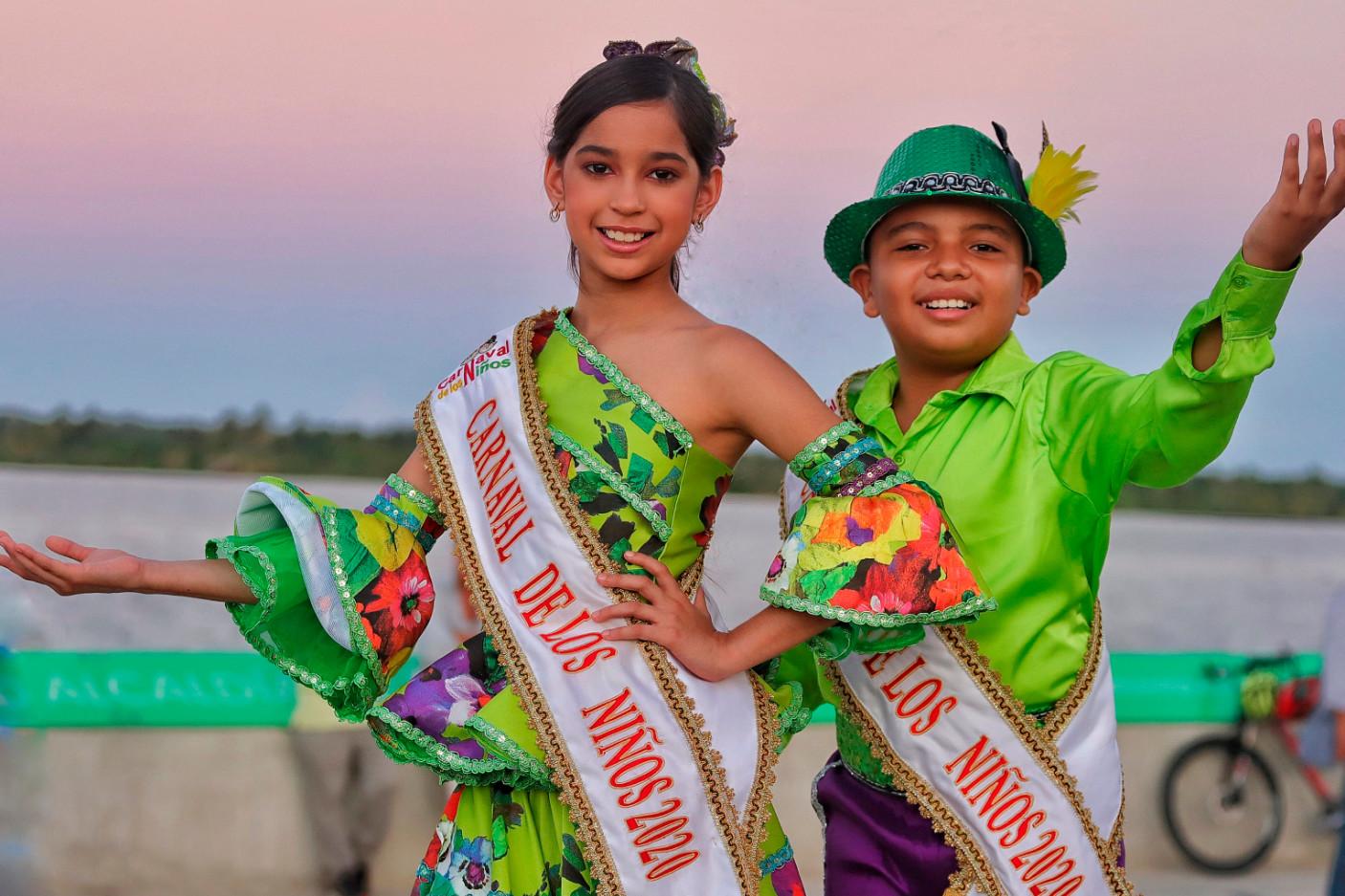 MIRANDA TORRES ROSALES E ISAAC RODRÍGUEZ Reyes del Carnaval de los Niños 2020