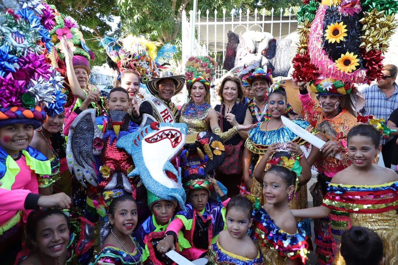 Con Izadas de Bandera de las Danzas de Congo arranca en firme el Pre Carnaval