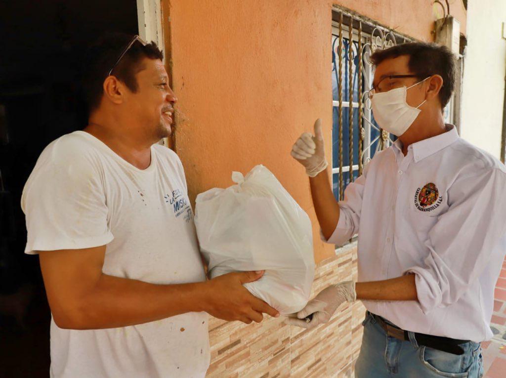 Casa a casa, Carnaval de Barranquilla entrega ayuda a sus hacedores